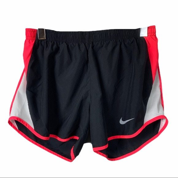 🔥Nike shorts with built in underwear